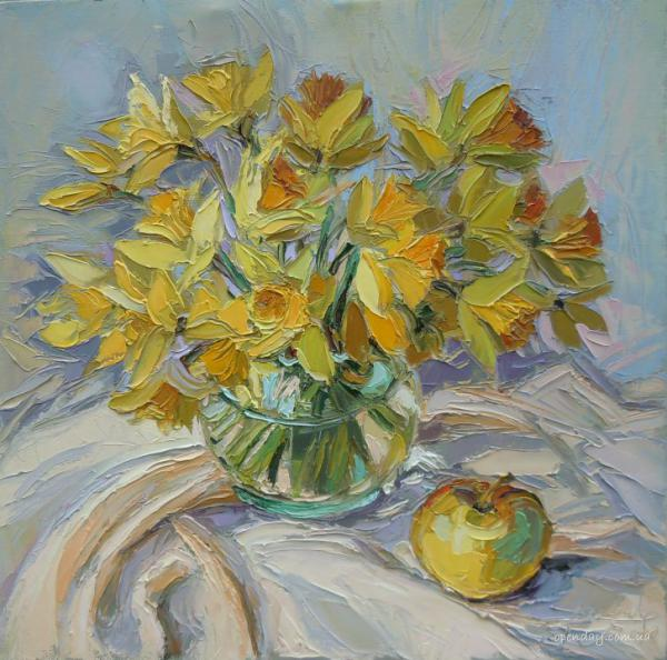 Daffodils with apples